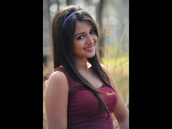 dating rumors on Catherine Tresa
