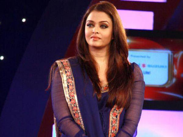 Aishwarya Rai Bachchan turns producer with Jazbaa