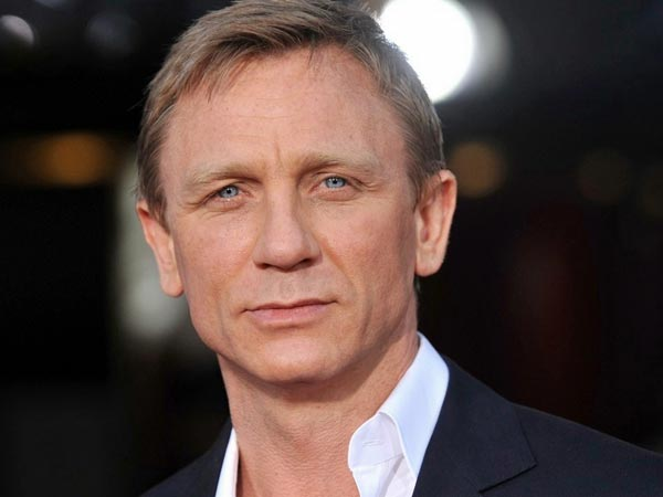 I'd rather 'slash my wrists' than play James Bond again: Daniel Craig