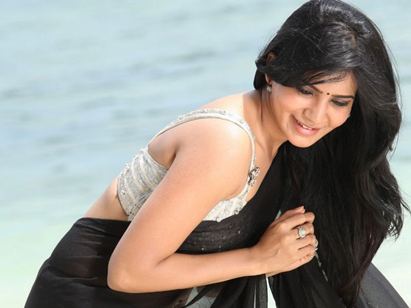 Actress Samantha Calls Herself As Shakeela