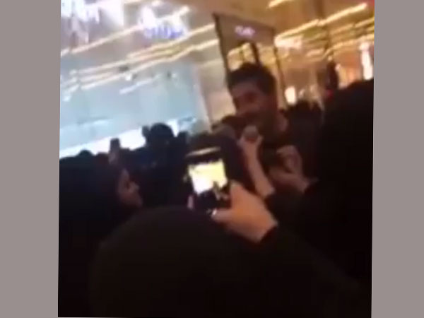 Saudi actor arrested 'for taking selfies with female fans'