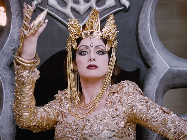 Sridevi demands her 50 Lakhs from 'Puli' makers
