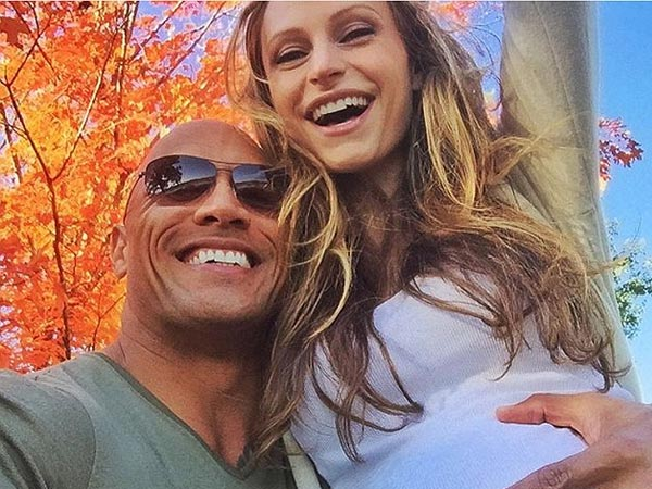 Dwayne Johnson & Girlfriend Expecting Their First Child Together!