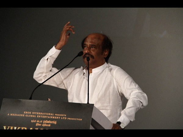 Rajinikanth Sheltering 1000 Cleaning Workers