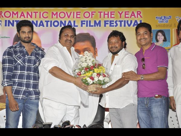Dasari appreciated Krishnamma Kalipindi Iddarini movie crew