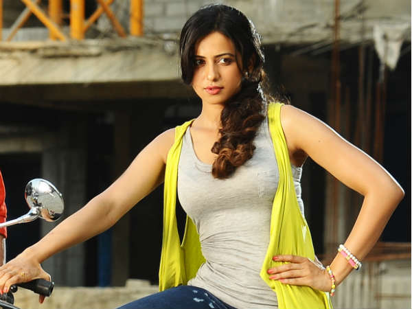 Rakul Preet Singh Selling Vegetables In Kukatpally