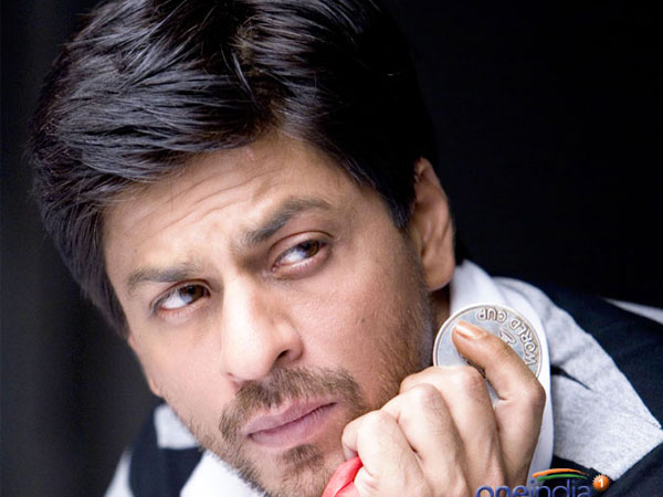 Shahrukh Khan fined Rs.1.93 lakh for illegal ramp outside 'Mannat'