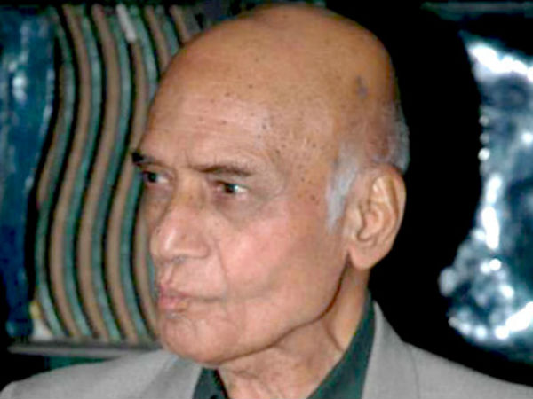 Mohammed Zahur Khayyam Hashmi donates his entire wealth to aid budding artists