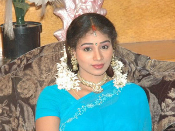 TV Anchor Jayati Turns Heroine