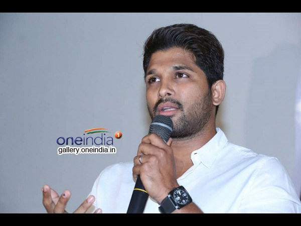 Allu Arjun's reaction, when fans asked about Pawan Kalyan, is creating Disturbance