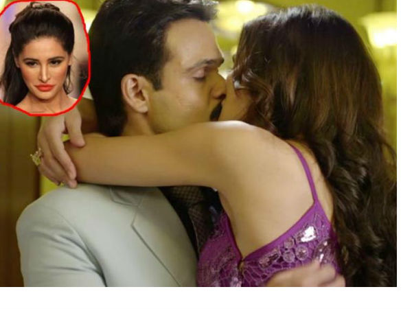 Nargis Fakhri found ridiculous to reshoot kissing scenes in 'Azhar' with Emraan Hashmi