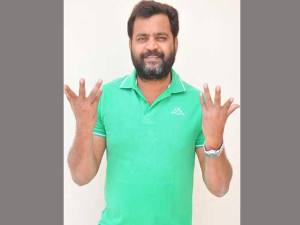 Actor prabhakar revealed the secrets about suman and ramoji