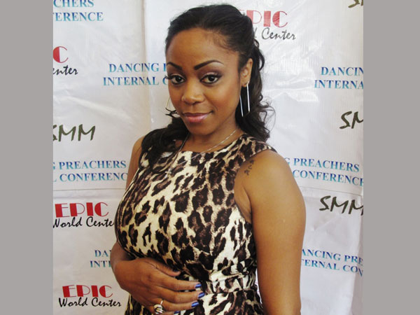 Former Destiny's Child Member LaTavia Roberson Fighting For Her Life Due To Pregnancy Complications
