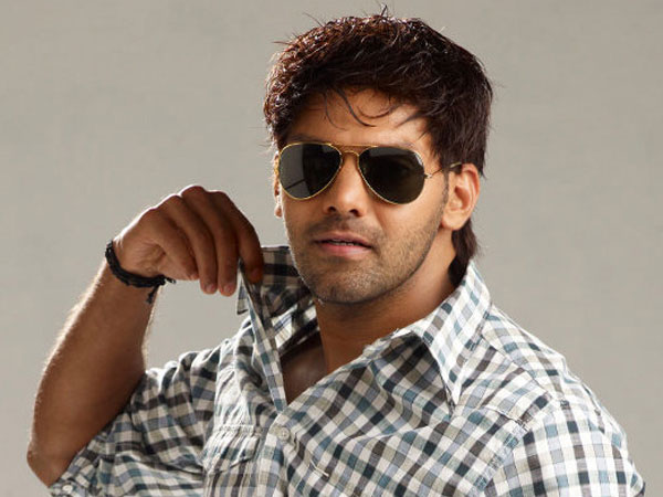 "Jayam Ravi likely to star in Sundar.c's ""Sanghamitra"""