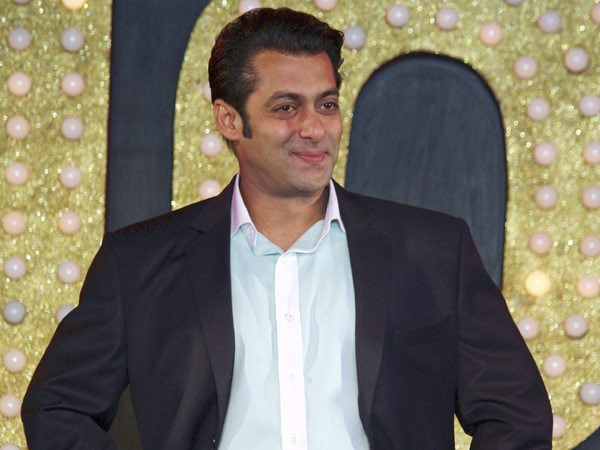 Salman Khan to star in Riteish Deshmukh's Marathi film Shivaji