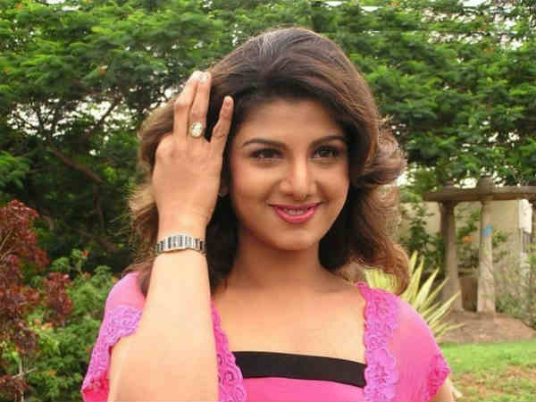 Rambha rubbishes divorce rumours, says all is well in her marriage