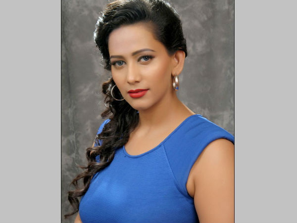 Actress Sanjana says that To have children Licence to be delivered