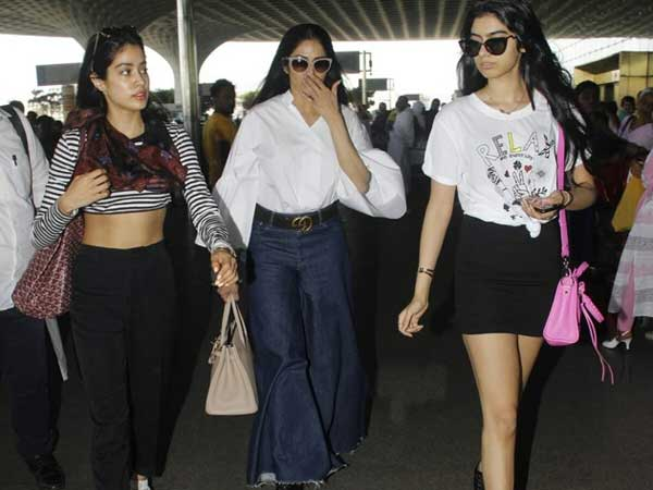 Bollywood Actress Sridevi with her daughters