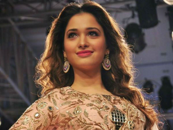 Tamanna Bhatia Gets Irritated By A Fan