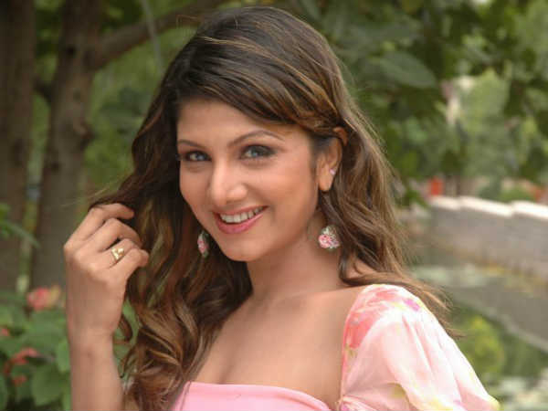 Actress Rambha Re Entry soon