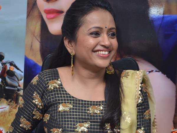 Anchor Suma Funny Reaction On Eating Ice Cream