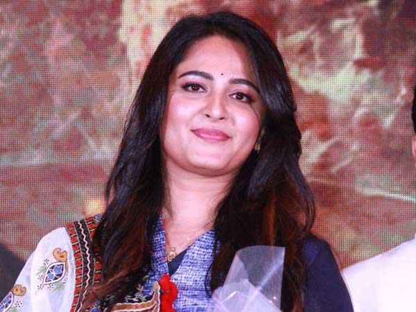ANUSHKA MOTHER COMMENTS ON HER MARRAIGE!