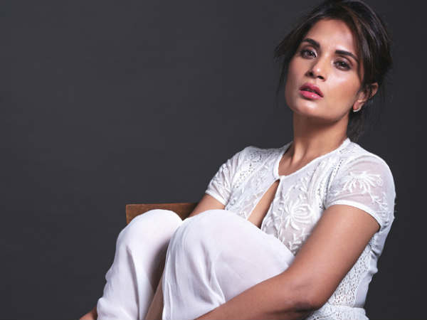 shakeela-biopic-first-look-shakila-richa-chadda-in