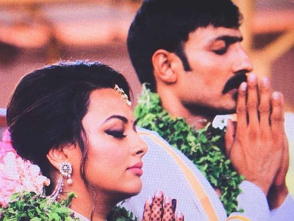 harish-uthaman-marriage-amrita-kalyanpur-ap-politi