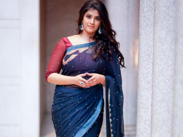 ముద్దు ఇవ్వాల్సి వస్తే అతడికే.. చంపాలని అనిపిస్తే.. ఆ హీరోలపై వరలక్ష్మి శరత్ కుమార్!