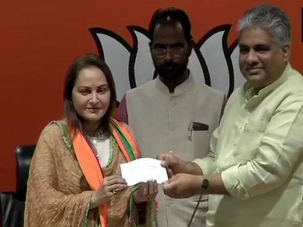Actress JayaPrada Joined in BJP