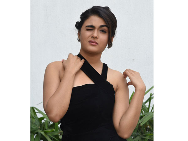 Shalini Pandey looks hot in 118 movie success meet
