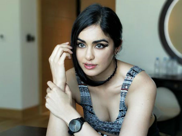 Hot beauty Adah Sharma shared her hot photo in instagram