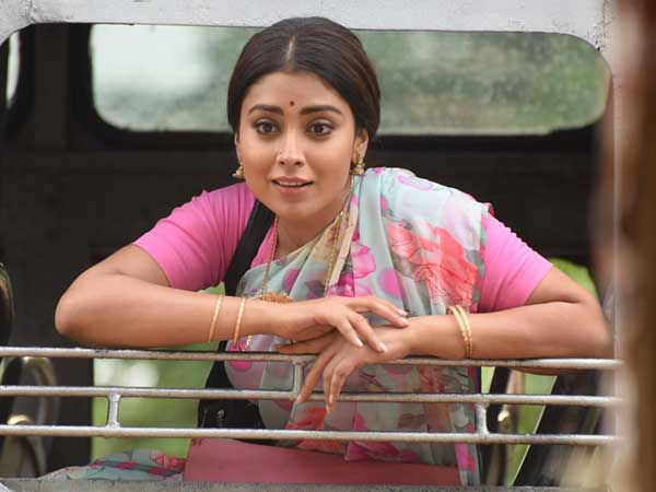 Shriya Saran will play mother role of 10-year-old girl
