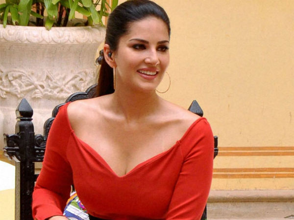 Sunny Leone say Sorry for the f-bomb