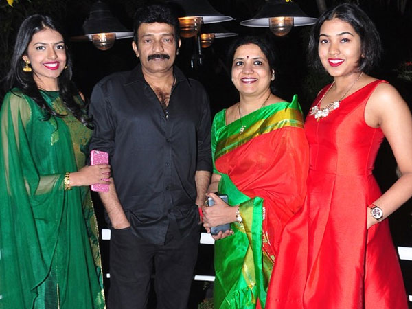 Jeevitha and Rajasekhar planning a family pack movie