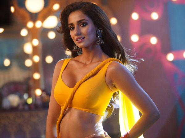 Disha Patani Romance with Allu Arjun in ICON