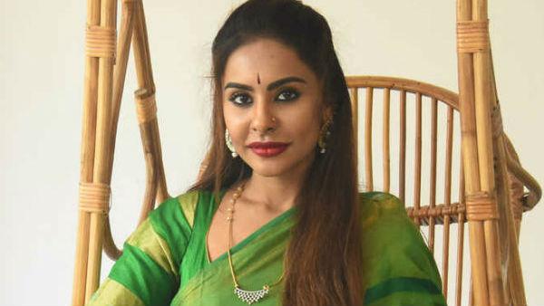 నేను మెచ్యూర్ కాకముందే చూసేశా.. శ్రీ రెడ్డి సెన్సేషనల్ వీడియో