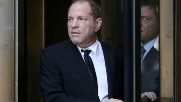 Producer Harvey Weinstein teste coronavirus positive
