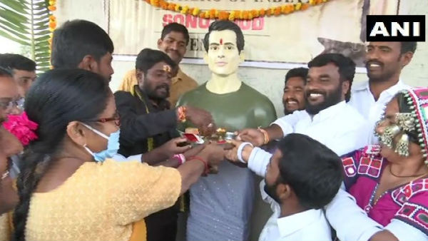Dubba Tanda of Siddipet villagers built temple for Sonu Sood