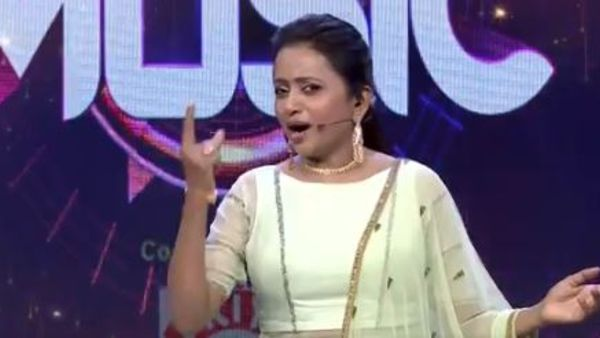 Anchor Suma Host Start Music Better Than Jhansi And Sreemukhi
