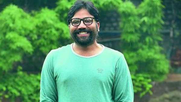 'పింక్' కాస్తా బ్లూ అయింది.. 'వకీల్ సాబ్'పై అర్జున్ రెడ్డి డైరెక్టర్
