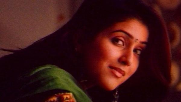 Tholi Prema Actress Keerthi Reddy Father Anand Reddy Dies
