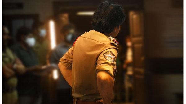PSPKRana Movie: పవన్ కళ్యాణ్ పాత్ర పేరు తెలిసిపోయింది.. పోలీస్ డ్రెస్ లో పవర్ స్టార్ లుక్ వైరల్!