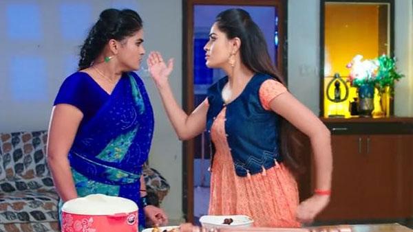 Karthika Deepam today episode: ఏదో చేయని తప్పు చేశావా? తప్పు చేశావని తెలిస్తే... మోనితకు ప్రియమణి వార్నింగ్
