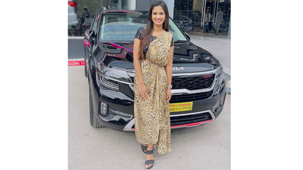 ఖరీదైన కారును కొన్న అరియాానా గ్లోరి.. దాని ధర ఎంతంటే? | Anchor ariyana  glory new costly car photos shared in social media - Telugu Filmibeat