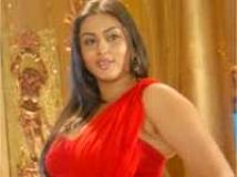 https://telugu.filmibeat.com/img/2009/08/13-namitha.jpg
