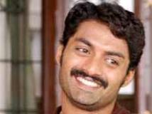 https://telugu.filmibeat.com/img/2009/09/19-kalyan.jpg