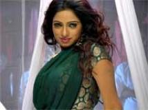 https://telugu.filmibeat.com/img/2009/11/01-udaya-bhanu-art.jpg