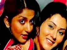 https://telugu.filmibeat.com/img/2010/05/19-meera-namitha.jpg