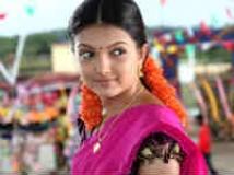 https://telugu.filmibeat.com/img/2011/04/10-saranya-mohan.jpg